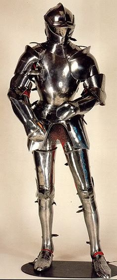Extant 15th century Milanese armour -- myArmoury.com I think it would be fun for the ring bearing ceremony/reception if the groom came in wearing this :D