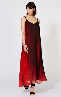 http://www.karenmillen.com/printed-pleat-dress/new-in/karenmillen/fcp-product/103DV19002