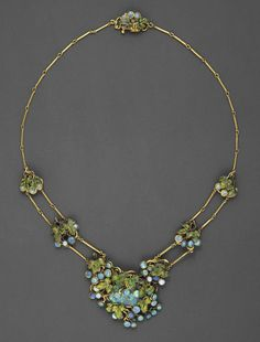 Louis Comfort Tiffany, Necklace with Grape Clusters, c.1904