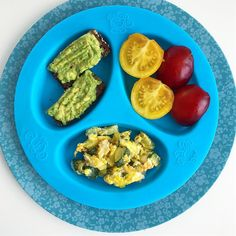 Baby & Toddler breakfast / lunch inspiration: - Please like & comment ❤️😄 so that my recipes continues to pop up on your feed! - This is what I would serve my 11 month old baby (would also serve it earlier) and toddler as well. Baby only has 4 teeth but you will be surprised by how well babies can chew with their bare gums, just make sure the food is soft enough for them to chew easily. Sometimes I just give him bread or cooked veggies sticks he just chews bits of rather than cutting…