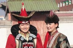 Mongolian clothing from Mongol Empire vs today