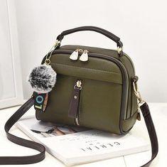 Damen Designer-Taschen Modedesigner-Handtaschen Womens Over-the-Shoulder-Taschen Armygreen Fashion Handbags, Tote Handbags, Purses And Handbags, Leather Handbags, Cheap Handbags, Luxury Handbags, Handbags Online, Leather Purses, Luxury Purses