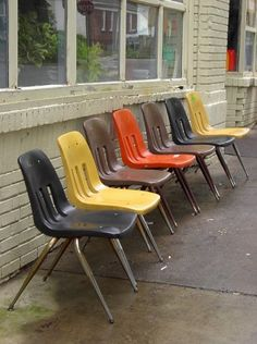Krueger, King Of Laundromat Seating « The Mid Century Modernist | Johanna  Waskamer | Pinterest | Mid Century, Mid Century Modern And Mid Century  Furniture