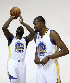 Warriors game day: How will Kevin Durant look in debut?