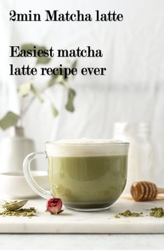 Make barista style frothy matcha latte at home with only 3 ingredients. Only takes 2 mins and saves you $$$$$ Matcha Powder Benefits, Sugar Free Vanilla Syrup, Matcha Latte Recipe, Matcha Green Tea Latte, Thing 1, Healthy Drinks, Healthy Recipes, Cannabis Edibles, Baristas