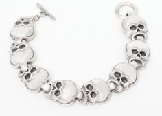 Skull Bracelet by Derek w Frost [J139] - $22.99 : Mystic Crypt, the most unique, hard to find items at ghoulishly great prices!