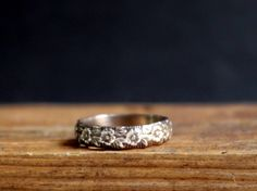 Antique Ring Flower Pattern Band Ring Romantic Jewelry Floral by Nafsika on Etsy https://www.etsy.com/listing/164992783/antique-ring-flower-pattern-band-ring