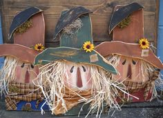 The Olde Country Cupboard: My Wood Scarecrow heads