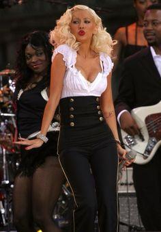 Top 40 Most Beautiful Hair Looks of Christina Aguilera – Celebrities Female Christina Aguilera Burlesque, Beautiful Christina, Christina Agilera, Christina Ricci, Mode Rockabilly, Female Singers, Famous Women, Britney Spears, My Idol