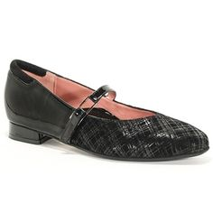 Take your dressy style to the next level with the BeautiFeel Caroline shoe. This women's mary jane flat shoe pairs gleaming patent leather with textured suede for rich look. The instep strap ensures a snug fit, while padding at the back of the collar ads comfort. The memory foam-cushioned footbed delivers full-length, contoured support to the BeautiFeel Caroline mary-jane shoe, which is finished with a flexible, anti-slip latex rubber sole to get you through your day in secure fashion. Mary Jane Shoes, Black Plaid, Womens Flats, Wedding Hair, Snug Fit, Memory Foam, Patent Leather, Latex, Dress Shoes