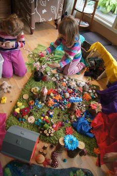 Loose parts at Fantasifantasten - You can tell the children have been given the freedom to create and make a 'mess'. That's the best way to encourage this kind of play