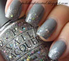 I bought some grey nail polish (Sally Hanson - Gone Grey and sparkle polish (Sally Hansen Gem Crush - Glitz Gal painted my nails and think they look pretty good! It was hard to make the sparkle nail polish even from Fancy Nails, Love Nails, Trendy Nails, How To Do Nails, Casual Nails, Classy Nails, Essie, Nagellack Design, Uñas Fashion