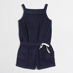 <ul><li>Cotton/poly.</li><li>Elastic waistband with tacked non-functional drawstring.</li><li>Slant pockets.</li><li>Machine wash.</li><li>Import.</li></ul>