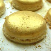 Gold, champagne macarons - looks like a party to us!