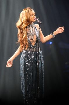 Rihanna Pinned @LilaVrgo I TOTALLY  LOVE HER AND HER DRESS AND HER SINGING LIKE LITERALLY