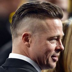 Brad Pitt Slicked Back Undercut Hairstyle - Best Brad Pitt Haircuts: How To Style Brad Pitt's Hairstyles, Haircut Styles, and Beard #menshairstyles #menshair #menshaircuts #menshaircutideas #menshairstyletrends #mensfashion #mensstyle #fade #undercut #bradpitt #celebrity #bradpitthair Undercut Styles, Undercut Hairstyles, Beard Styles, Haircut Styles, Brad Pitt Haarschnitt, Brad Pitt Fury Haircut, Haircut Tip, Slicked Back Hair, Short Hairstyles