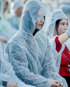 Krystal Jung, Ice Princess, Slim Body, Woman Crush, Perfect Body, Kpop Girls, Girl Crushes, Pretty Woman, Film Festival