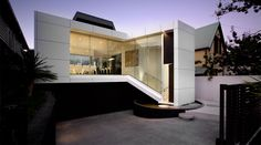 Hull House by Daniel Marshall Architects