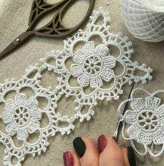 Watch The Video Splendid Crochet a Puff Flower Ideas. Phenomenal Crochet a Puff Flower Ideas. Gilet Crochet, Crochet Blocks, Crochet Squares, Thread Crochet, Crochet Motif, Irish Crochet, Crochet Doilies, Diy Crafts Crochet