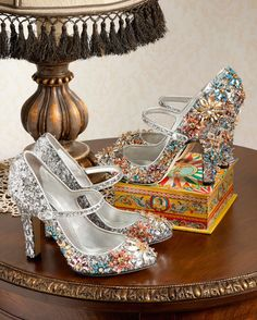 Christian Louboutin OFF!>> Dolce Gabbana Silver Sequined Mary Jane With Swarovski Flowers - Shoes Post Pretty Shoes, Beautiful Shoes, Cute Shoes, Me Too Shoes, Sock Shoes, Shoe Boots, Shoes Heels, Pumps, Women's Accessories