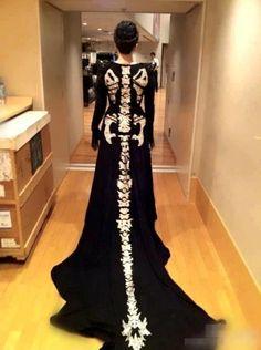 Costume idea or Halloween ball dress - dragon skeleton dress Halloween Ball, Halloween Costumes, Halloween Dress, Halloween Bride, Skeleton Costumes, Classy Halloween, Halloween Weddings, Halloween Clothes, Pretty Halloween