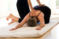 Atré Yoga Studio was established by Zubin Atré in 2009. Situated in New Delhi offer you best yoga classes and services.