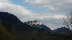 Trzy Korony #Pieniny Half Dome, Mountains, Nature, Travel, Naturaleza, Viajes, Destinations, Traveling, Trips