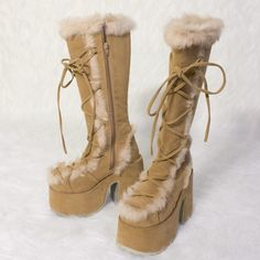 Pretty Shoes, Cute Shoes, Me Too Shoes, Funky Shoes, Aesthetic Shoes, Lookbook, Dream Shoes, Winter Boots, Passion For Fashion
