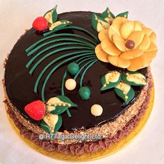 Golden chocolate rose Gateau Cake with rum syrup http://www.facebook.com/R77aga