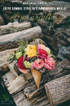 Wedding Flower Photos, Yellow Wedding Flowers, Floral Wedding, Yellow Weddings, Wedding Poses, Wedding Pictures, Wedding Arrangements, Wedding Bouquets, Wedding Brunch Reception