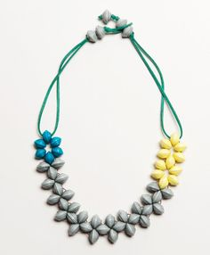 This spring-colored paper bead creation will make you feel brighter no matter what the season.