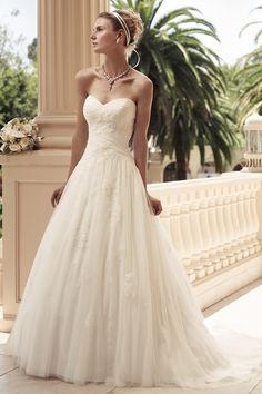 Simple, soft and elegant. http://mercinewyork.com/blog/2013/02/19/casablanca-bridal-wedding-dresses-for-every-bride/