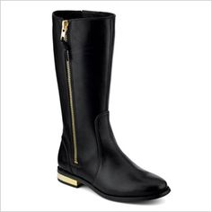 Waterproof shoes that are still cute: Women's Saville Waterproof Boot from Sperry Topsider