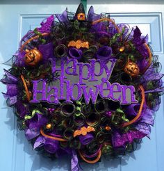 Your place to buy and sell all things handmade Scary Halloween Wreath, Halloween Door Wreaths, Halloween Flowers, Halloween Arts And Crafts, Creepy Halloween Decorations, Holiday Wreaths, Halloween Magic, Halloween 2020, Holidays Halloween
