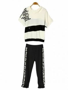 Punk Letter Pattern Loose Cotton Sport Suit Casual Hooded Set is recommended by our customers, buy Punk Letter Pattern Loose Cotton Sport Suit Casual Hooded Set now! Suits For Women, Clothes For Women, Letter Patterns, List Style, Sport Casual, Clothing Items, Printed Cotton, Winter Outfits, Active Wear
