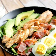 Packing a cobb salad to go has never been easier! Perfect for low carb/keto, paleo/primal and gluten free diets. Full of flavor & nutrients.