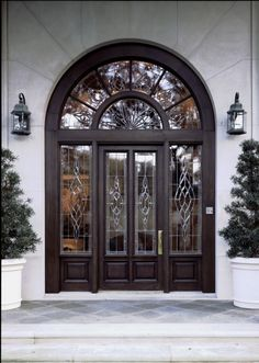 Love everything about this door including the surround! SO pretty!!!