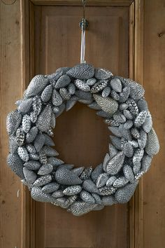 Pretty Pine Cone Wreath 70cm