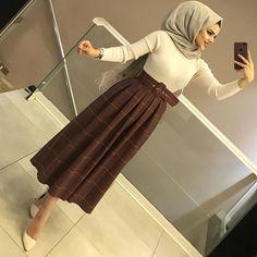 Abaya Style, Hijab Style Dress, Casual Hijab Outfit, Hijab Fashion Summer, Street Hijab Fashion, Abaya Fashion, Women's Fashion Dresses, Hijab Fashionista, Hijab Chic