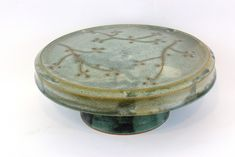 This Blossom cake stand and dip dish has a dual purpose. One the decorative side, use it to hold your best cake when serving. Chinese Design, Ceramic Artists, Dips, My Arts, Clay, Ceramics, Dishes, Hall Pottery, Pottery