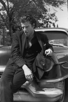 Tom Waits, for the album Used Songs (1973-1980)