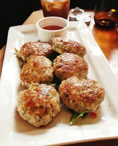 Low FODMAP Recipe and Gluten Free Recipe - Gingered chicken patties (omit fish sauce for sure, and soy sauce if AIP, sub coconut oil or grass-fed ghee for sunflower oil) Fodmap Recipes, Gf Recipes, Gluten Free Recipes, Cooking Recipes, Healthy Recipes, Italian Recipes, Chicken Recipes, Healthy Food, Tasty