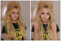 How I do my bouffant/quiff, hair tutorial. Inspired by Bridget Bardot,Amy… Backcombed Hairstyles, Quiff Hairstyles, Curled Hairstyles, Vintage Hairstyles, Teased Hair, Bouffant Hair, Curling Iron Short Hair, Rockabilly Hair, Rockabilly Fashion