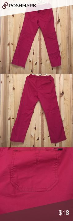 "Wonderwink WonderFlex Scrub Pant  Small EUC Wonderwink WonderFlex Scrub Pant  Small EUC Color looks Red Cargo Pant Elastic Waist with Ties Inseam 29"" Offers Welcome Wonderwink Pants"