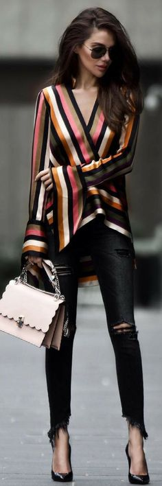 Women's Fashion: Asymmetric Striped Silk-Satin Blouse Outfit Idea By Modeison Look Fashion, Autumn Fashion, Fashion Outfits, Womens Fashion, Fashion Trends, Fashion Bloggers, Fashion Photo, Fashion Tips, Bluse Outfit