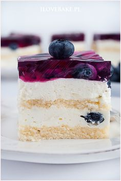 Ciasto z borówkami i galaretką - I Love Bake Polish Recipes, Polish Food, Cake In A Jar, Sugar Rush, Vanilla Cake, Nutella, Oreo, Food Porn, Sweets