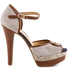 The Barnaby by Jessica Simpson only brings out the very best.  This sophisticated yet casual sandal, delivers a soft grey suede upper with rich cognac leather accents and adorable button detail.  A burlap accented 1 1/2 inch platform and 5 1/4 inch heel completes the silhouette.