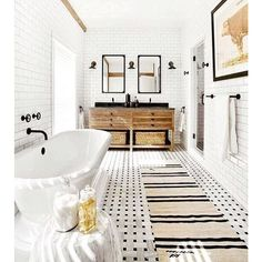 Bathroom remodel ideas, bathroom inspiration, bathroom decor, home decor ideas and inspiration #homedecor #bathroom #bathroomideas
