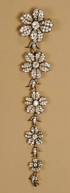 Corsage piece, ca. 1880–1900 Tiffany & Company (American, 1837–present) Gold, diamonds