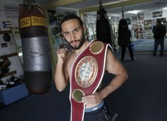 Clearwaters Keith Thurman, with the  NABO title belt, goes for the interim WBA welterweight title tonight against current titleholder Diego Chaves. The interim champion is in place in case WBA welterweight champion Adrien Broner moves up a class or does not defend his belt; if he does either, the interim champion will be awarded the title.